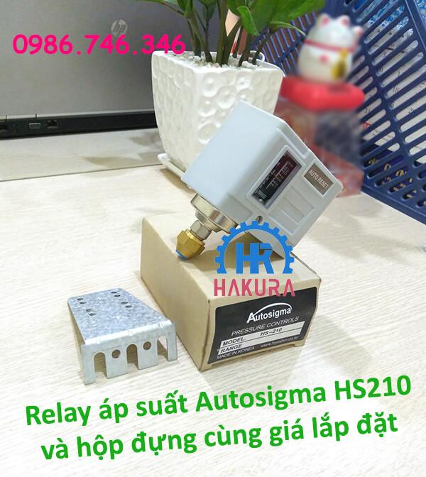 Relay áp suất Autosigma HS210 cùng hộp đựng và giá lắp đặt