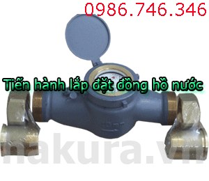Tiến hành lắp đặt đồng hồ nước - hakura.vn